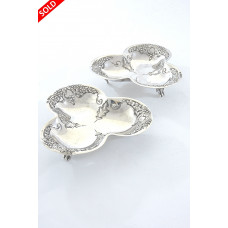 Pair of Victorian Trefoil Silver Dishes 1899 /1900