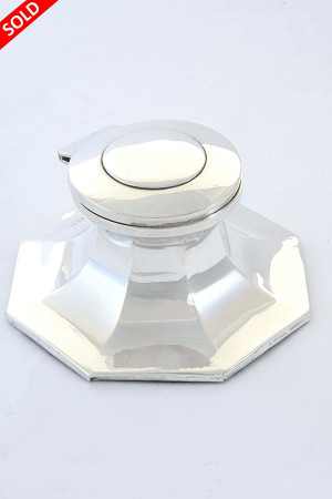 Octagonal Antique Silver Capstan Inkwell 1915